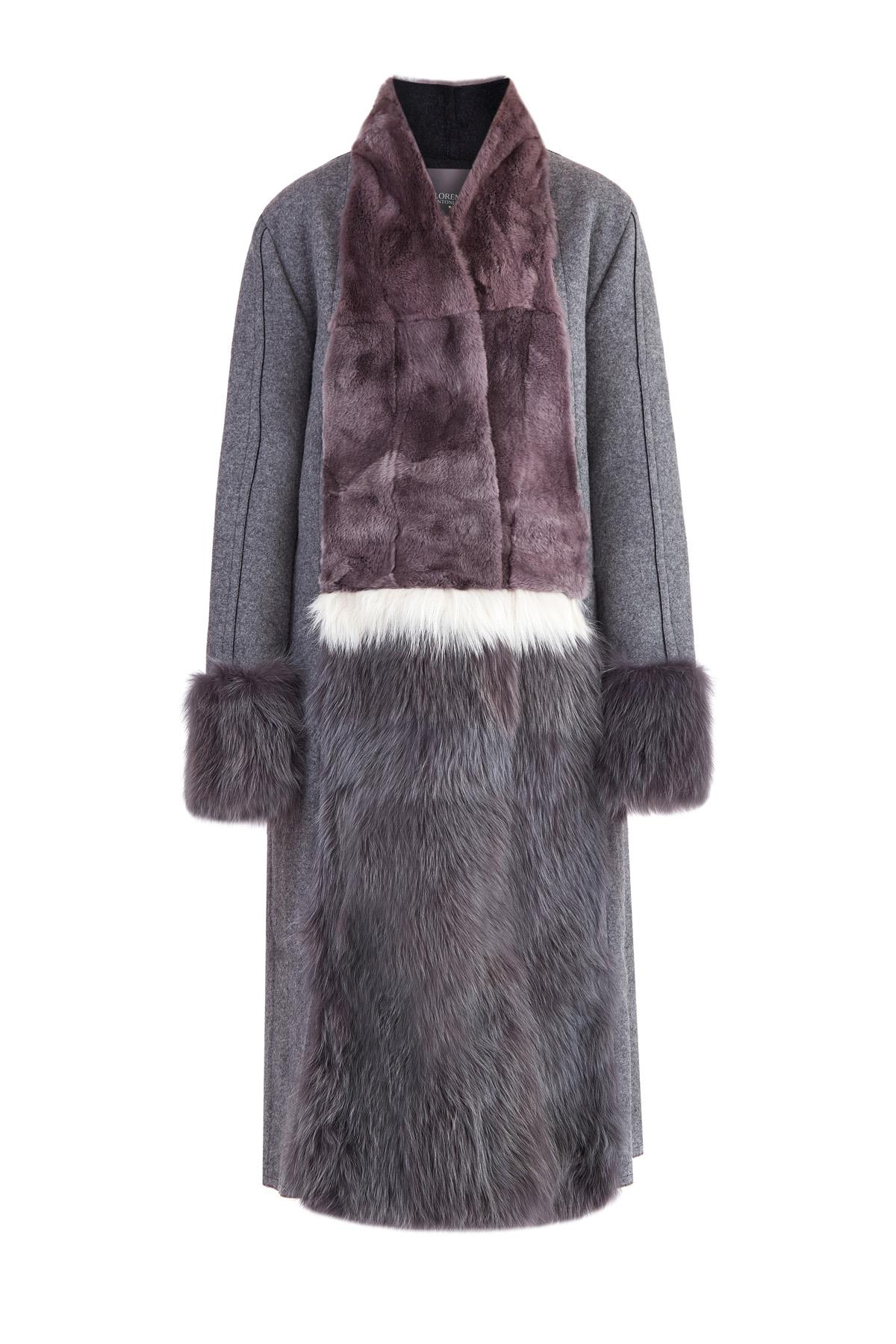 Пальто из плотного фетра с деталями из кроличьего меха и меха лисы фото