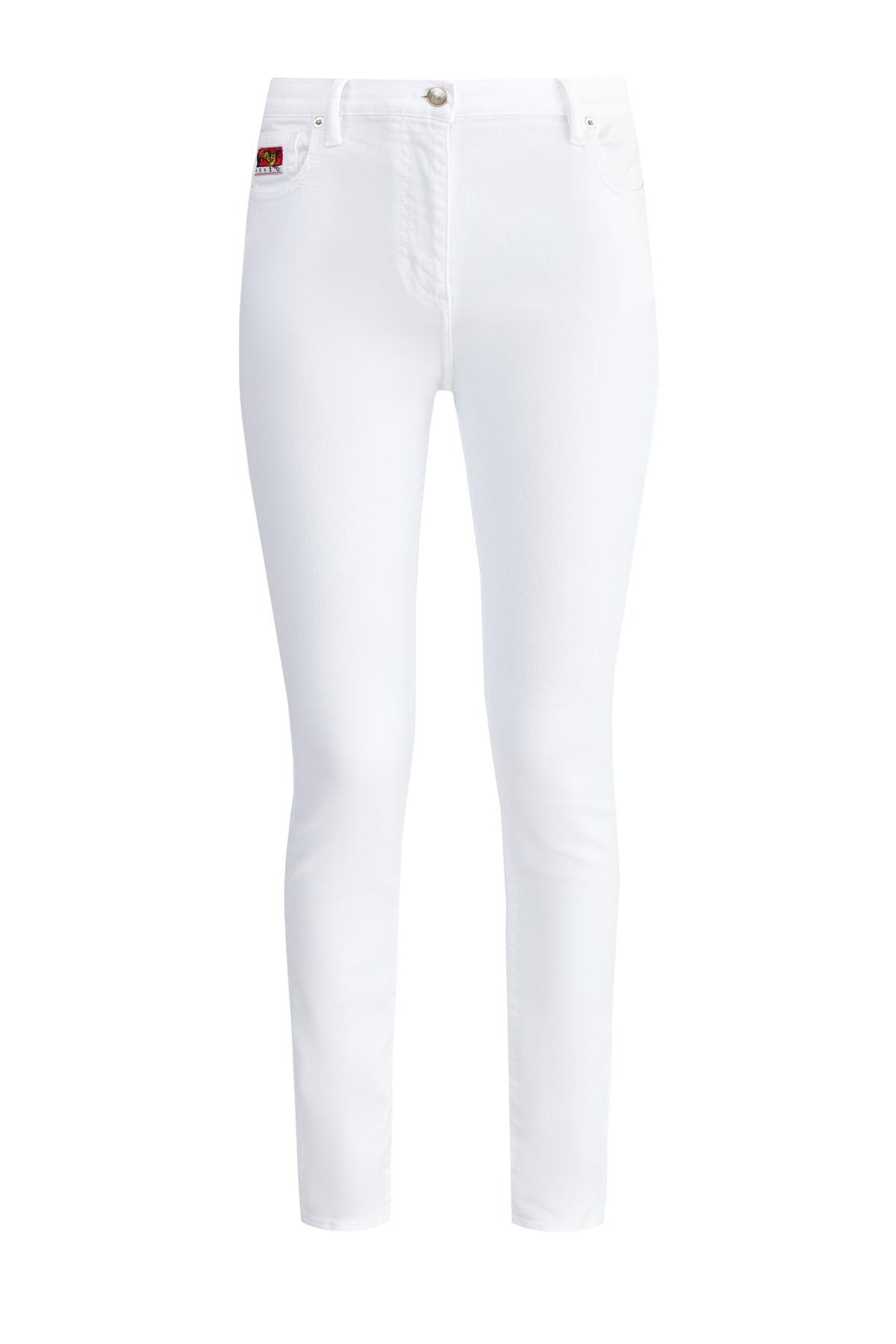 Однотонные джинсы из денима с декоративной строчкой на спинке