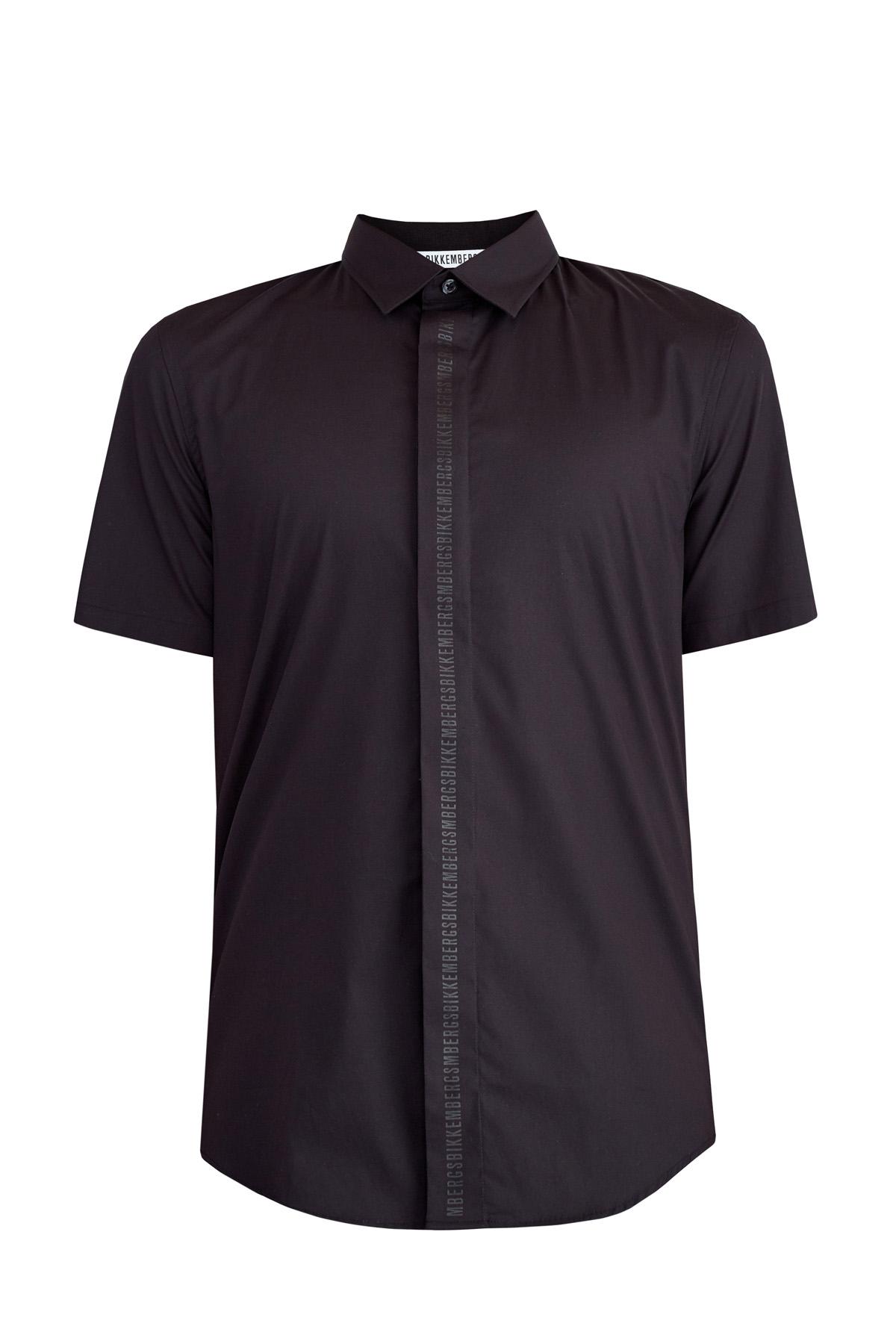 Приталенная рубашка с коротким рукавом и аппликацией в тон