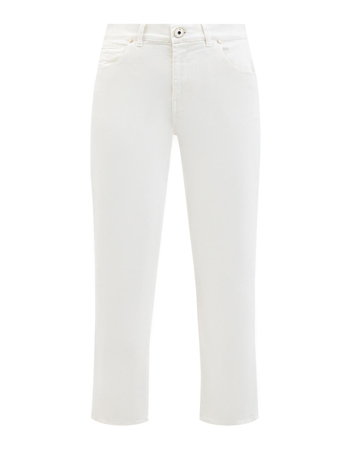 Прямые джинсы с замшевой нашивкой на поясе