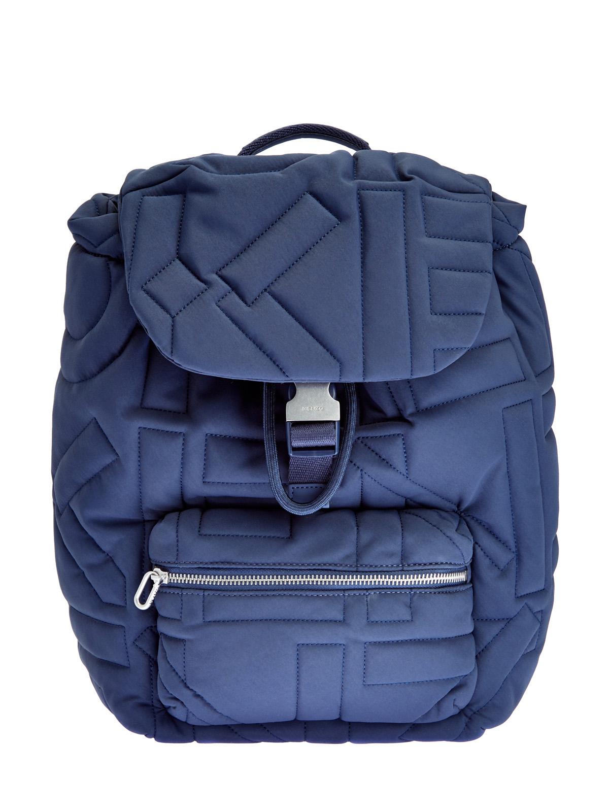 Рюкзак с объемным принтом-монограммой
