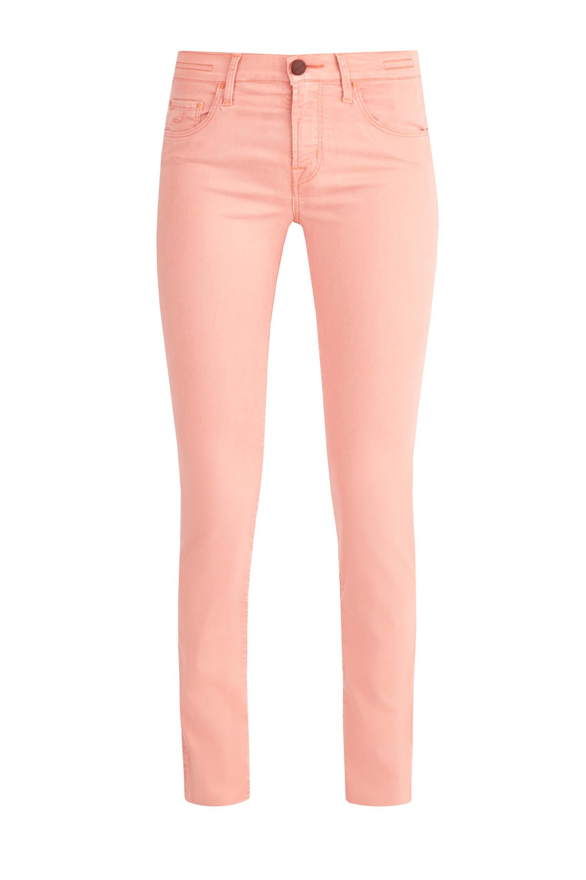 Однотонные джинсы из тенсела с вышивкой в виде заклепок