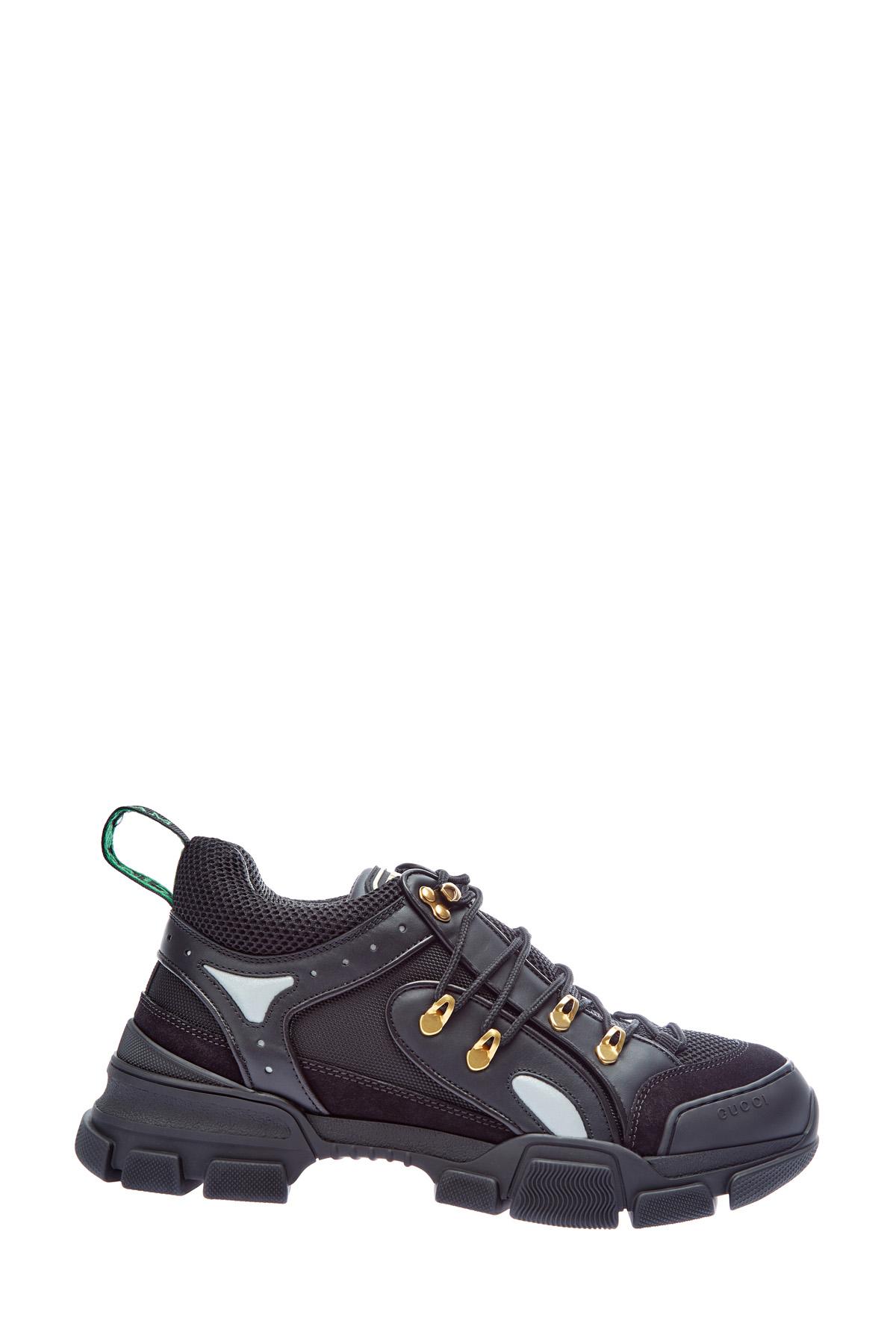 Массивные кроссовки в стиле треккерской обуви фото