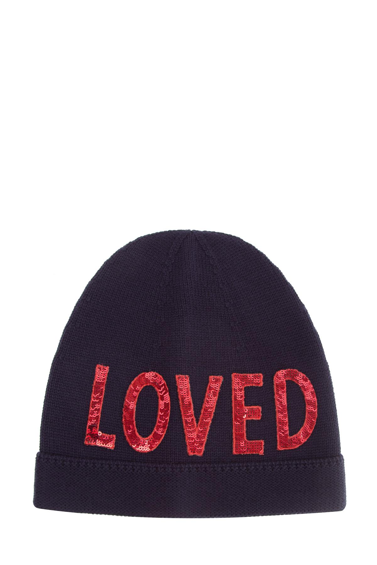 """Купить со скидкой Шапка-бини с яркой аппликацией из красных пайеток в виде слова """"Loved"""""""